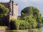A Summer House by the Avon
