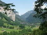Towards Lauterbrunnen