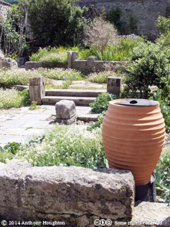 Chiswell,Walled Garden,Portland,Urn