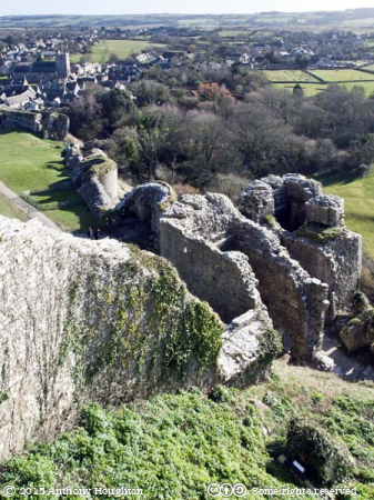 Corfe Castle,Curtain Wall,South West Gatehouse,Ruin,National Trust