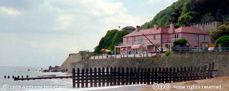 Isle of Wight,Ventnor,Buildings,Cliffs,Beach