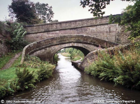 Macclesfield Canal,Roving Bridge