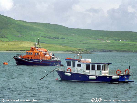 Valentia Island,Oilean Dairbhre,Knightstown,Knights Town,Knight's Town,An Chois,Boats,Lifeboat