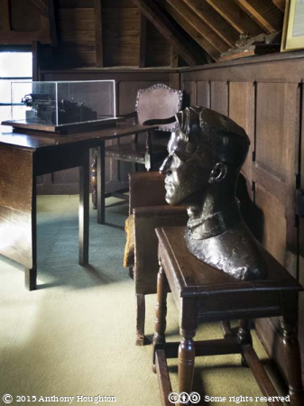 Bust,Eric Kennington,Music Room,Clouds Hill,Bovington,T E Lawrence